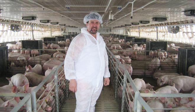 Foto: 330 de fermieri primesc  94,9 milioane euro