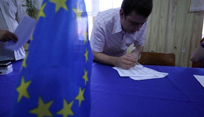 Foto: Iată când începe campania electorală pentru alegerile europarlamentare, pe posturile radio-tv