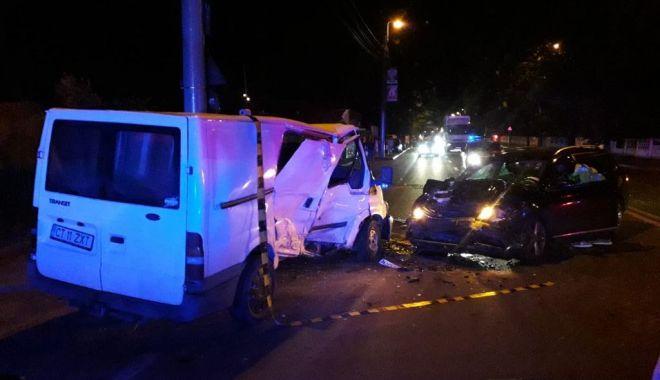 Accident rutier GRAV în Constanța. O persoană este în COMĂ! - 36952689196276267708098926501660-1531355520.jpg