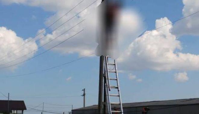 GALERIE FOTO / TRAGEDIE LA CONSTANŢA! Un bărbat A DECEDAT după ce s-a ELECTROCUTAT pe un stâlp - 37043767196377291364663276251315-1531403288.jpg