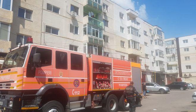 Foto: Incendiu într-un apartament din Constanţa!