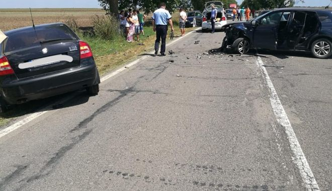 Foto: Accident rutier grav, la Constanţa. Sunt 12 victime! GALERIE FOTO