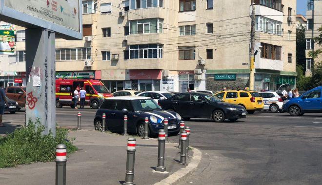 Galerie foto. Accident rutier la Constanţa. Poliţia, la faţa locului