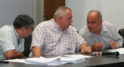 Foto: Funcţionarii CJC şi cei ai Primăriei Constanţa au fost puşi la adăpost de viitoarele reduceri ale aparatelor bugetare