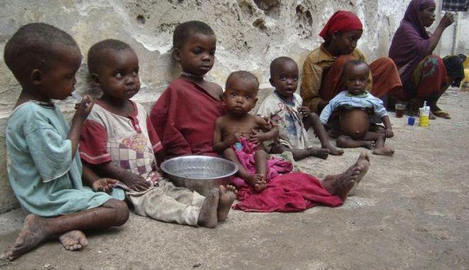"""Foto: """"Cea mai dură foamete din ultimii 100 de ani"""". 13 milioane de oameni riscă să moară de foame în Yemen"""