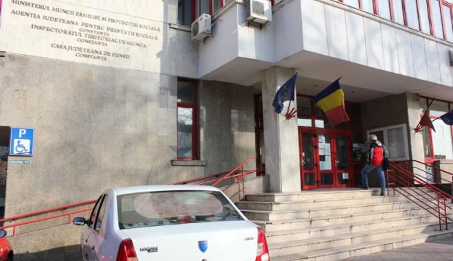 Foto: Au luat foc! ITM i-a amendat pentru că au muncit de Sf. Andrei şi 1 Decembrie!