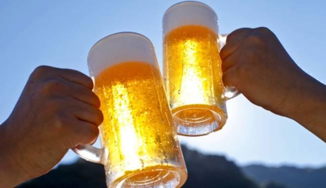 Foto: Ce se întâmplă, de azi, cu berea la halbă
