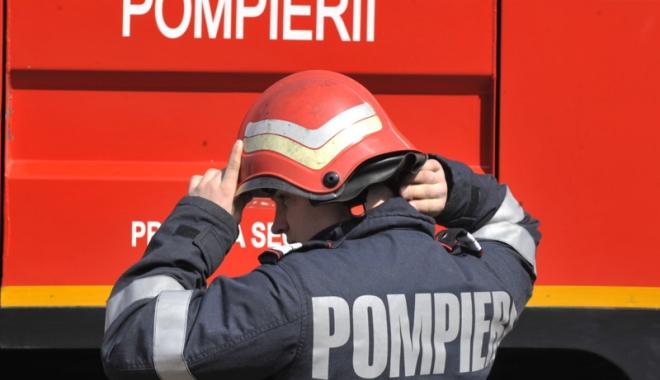Foto: 400 de pompieri vor fi la datorie, în fiecare zi, în timpul sezonului estival