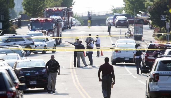 Foto: Galerie foto. ATAC ARMAT ÎN VIRGINIA (SUA). Mai multe persoane rănite, atacatorul mort