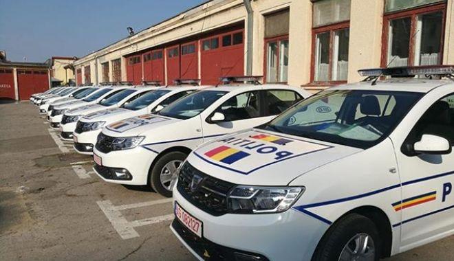 Foto: Maşini şi motociclete noi, pentru Poliţia Constanţa