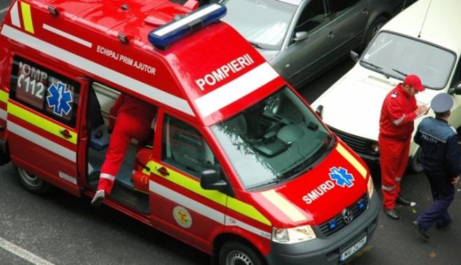 Foto: Accident grav provocat de un tânăr beat care conducea cu o mână în ghips: 6 tineri au fost răniţi