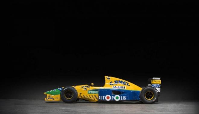 Foto: A fost scos la licitaţie bolidul de Formula 1 condus de Michael Schumacher