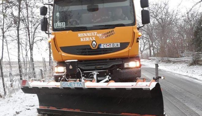 Foto: Cod galben de ninsori şi viscol, la Constanţa. Cum se circulă la această oră, în judeţ