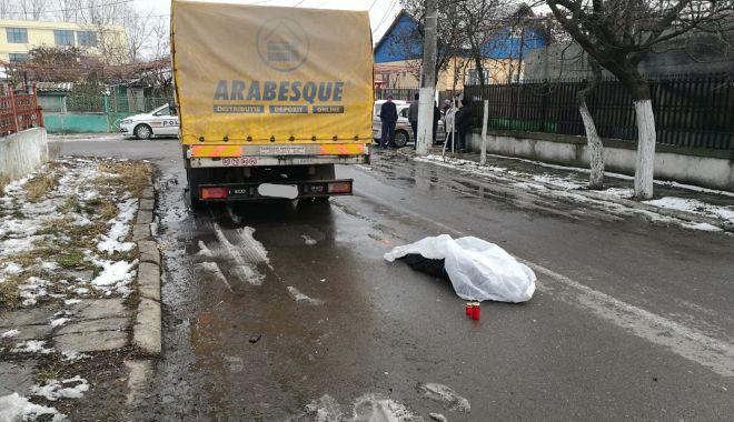 Foto: Accident rutier GRAV la Constanţa! O femeie a murit, după ce a fost lovită de maşină