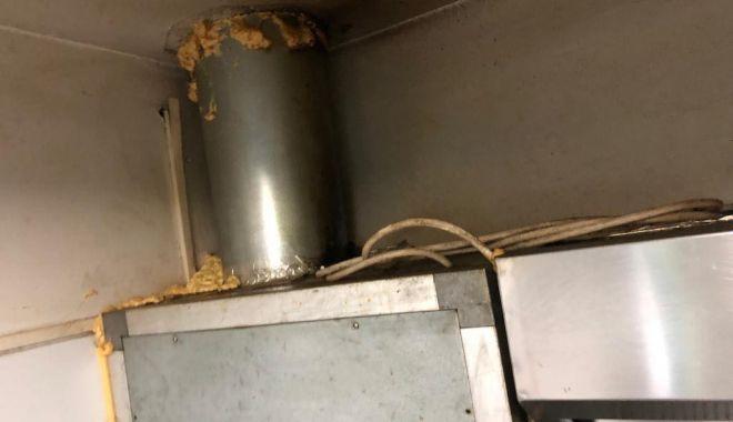 Galerie foto-video. Două pizzerii din Constanţa, închise temporar de Protecţia Consumatorilor - 47577476224231927938508355877863-1544450424.jpg