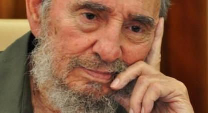 Fidel Castro renunță la conducerea Partidului Comunist Cubanez