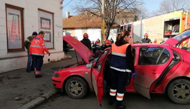 Foto: Galerie foto. Accident rutier la Constanţa. Victima este o femeie