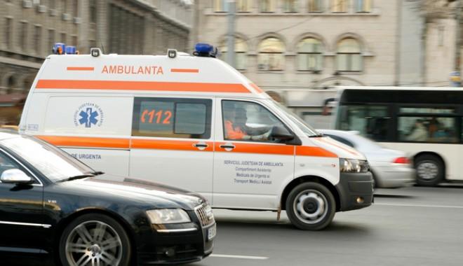 Foto: Aproape 3.000 de solicitări la ambulanţă într-o singură zi din cauza caniculei