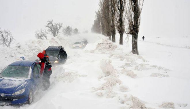 Foto: UN NOU COD PORTOCALIU DE VISCOL, LA CONSTANŢA! Ne aşteaptă ore bune de ninsoare puternic viscolită