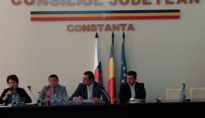 Foto: Şedinţă la Consiliul Judeţean Constanţa. Iată ce proiecte sunt pe ordinea de zi