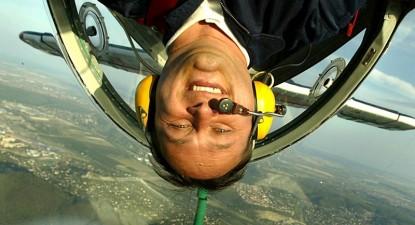 Foto: Când nu face acrobaţii, Veres Zoltan pilotează un Boeing 737