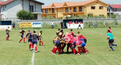 Foto: Rugby-ul se poate juca şi din pasiune