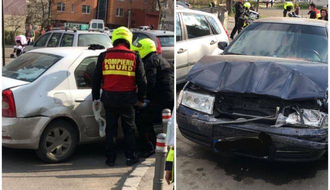 Foto: Carambol rutier la Constanţa, din cauza unei şoferiţe care nu a păstrat distanţa de siguranţă