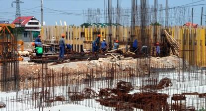 Foto: Consiliul Local pune gaj bugetul pentru locuinţele ieftine rămase nevândute