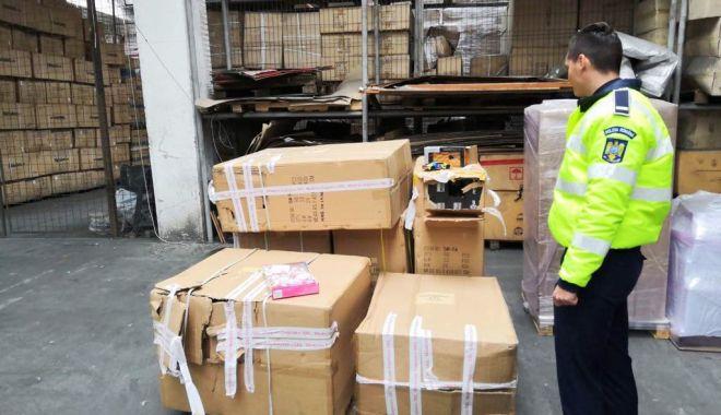 Foto: Mărfuri contrafăcute, indisponibilizate de oamenii legii din Constanţa
