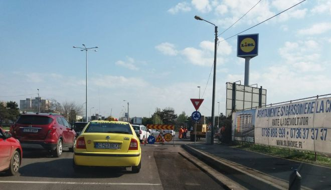 Şoferi, atenţie! Trafic infernal, la intrare în Constanţa - 57159905234388819566864825146636-1555656620.jpg