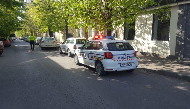 Foto: Accident la Constanţa, produs de o şoferiţă care nu a oprit la STOP