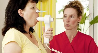 Foto: Spirometria - metodă pentru depistarea BPOC