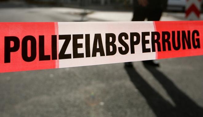 Foto: ATAC în Germania: Cel puţin un mort şi un rănit după ce un individ a atacat cu un cuţit oamenii aflaţi într-un magazin