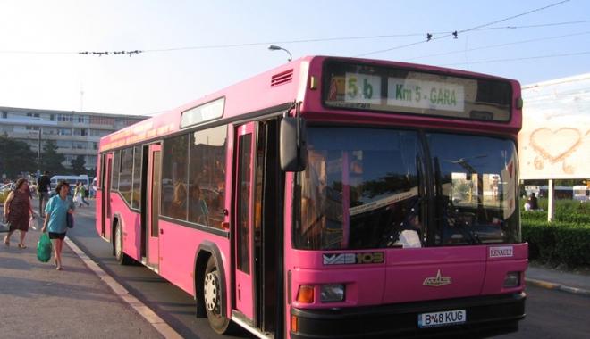 Foto: Autobuzul 5B  îşi schimbă traseul