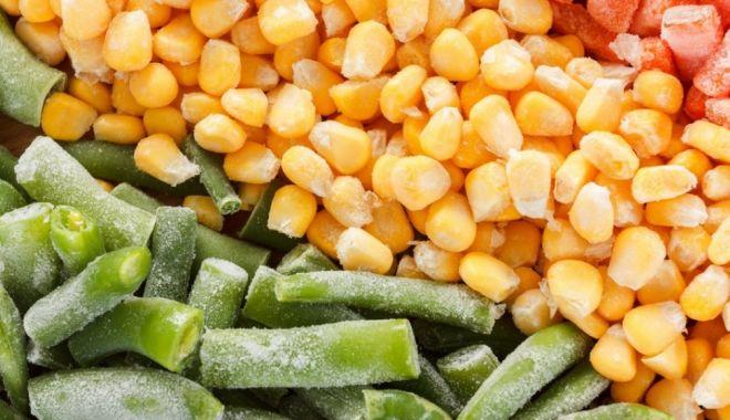 Foto: ALERTĂ SANITARĂ ÎN TOATĂ EUROPA! Nouă oameni au murit, după ce au mâncat legume congelate