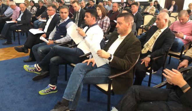 Foto: UPDATE - A început şedinţa de Consiliu Judeţean