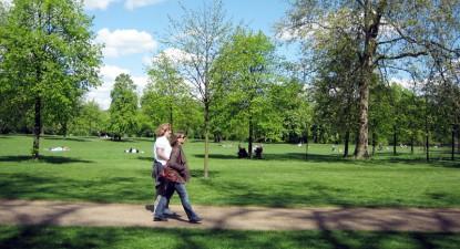 Foto: Astenia de primăvară, tratată cu plimbări în natură şi multe vitamine
