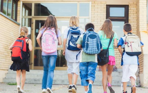 Foto: Ministerul Educaţiei a elaborat un nou regulament şcolar. Iată ce prevede