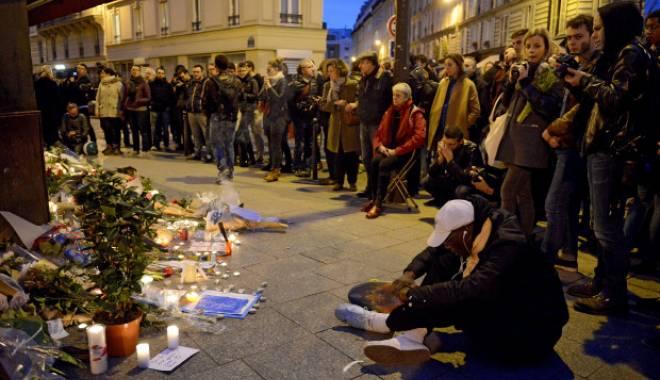 Foto: Atentele din Paris. TREI PERSOANE AU FOST ARESTATE