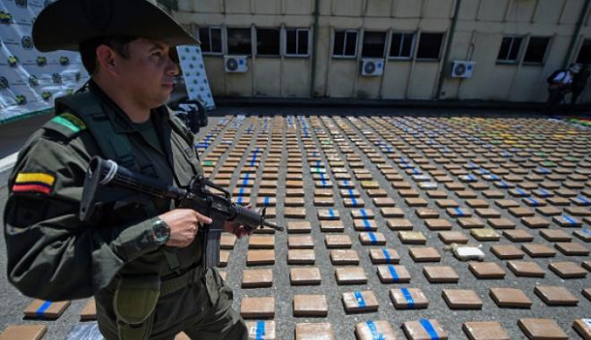 Foto: Captură de 12 tone de cocaină, record istoric