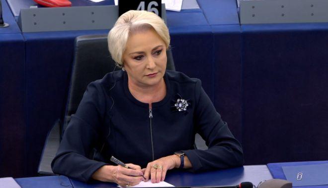 Foto: Viorica Dăncilă: Suntem pregătiţi să oferim soluţii românilor indiferent de scenariul privind ieşirea Marii Britanii din UE