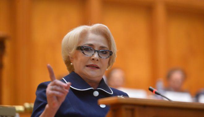 Foto: Dăncilă, în prima şedinţă de Guvern după raportul MCV şi rezoluţia PE: Sunt dezamăgită şi cer egalitate pentru ţara mea