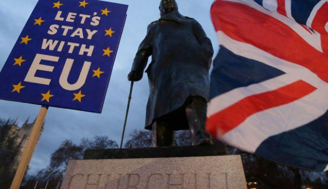 Meleşcanu: O ieşire a Marii Britanii din UE fără un acord ar crea probleme şi pentru cetăţenii români. Iohannis: Vom avea soluţii - 62014995-1547640414.jpg