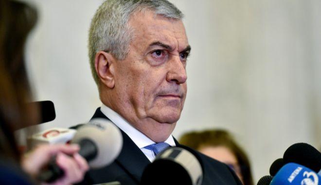 Foto: Călin Popescu Tăriceanu: Nu voi vota la referendum, discutăm despre cai verzi pe pereţi