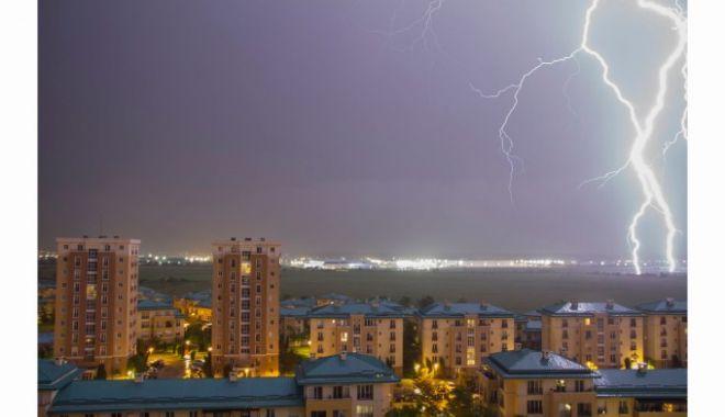 Foto: PROGNOZA METEO. Vreme caniculară în weekend, de luni se întorc furtunile