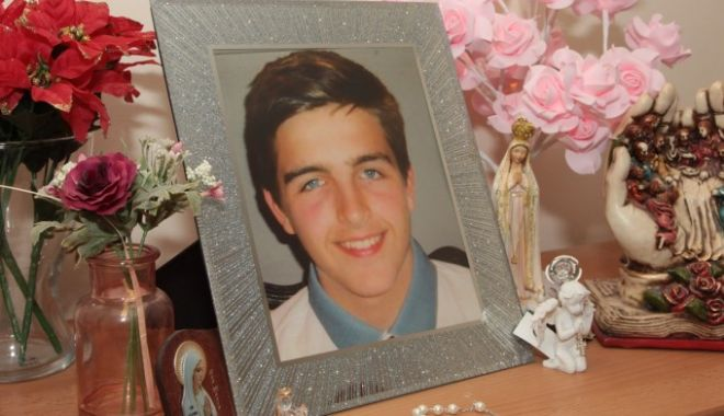 Un tânăr s-a sinucis după ce a fost hărțuit pe Xbox. Ce i-a cerut mamei înainte să moară - 62074005-1567437620.jpg