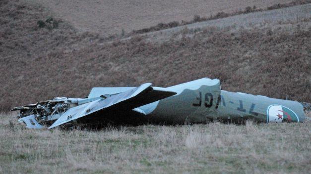 Foto: Tragedie aviatică! Un avion militar s-a prăbuşit. Al treilea incident în două zile