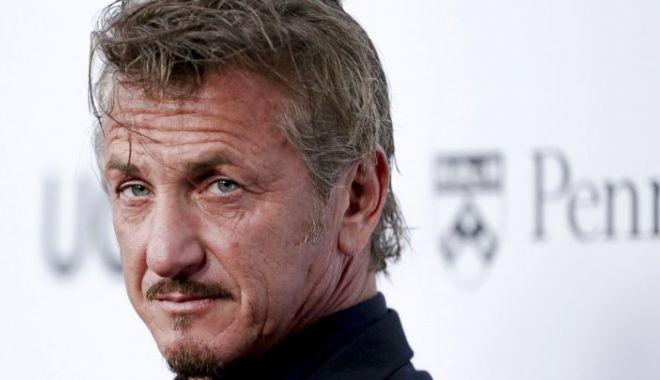 Sean Penn face un documentar despre Jamal Khashoggi. Actorul e la Istanbul - 636574183929184185apbooksseanpen-1544105361.jpg