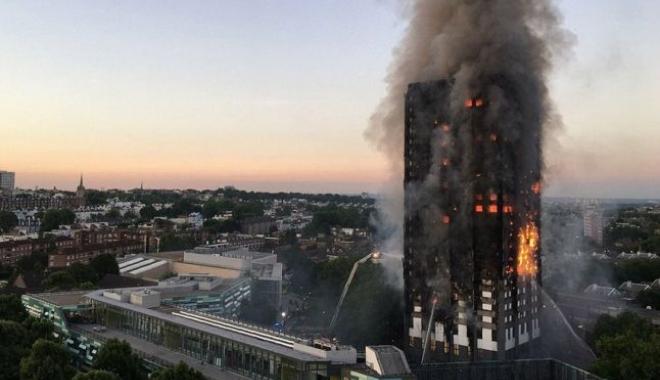 Foto: Marea Britanie / Cel puţin 34 de blocuri turn nu au trecut testele de siguranţă la incendiu
