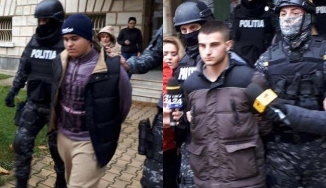 Foto: Anchetatori, despre autostopiştii criminali: Adolescenţii nu se obişnuiesc după gratii, familia i-a abandonat